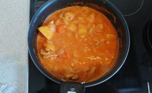 鶏手羽とろのトマトクリームシチューの作り方08