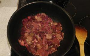 鶏レバーと小松菜の炒め物の作り方05