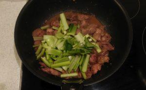 鶏レバーと小松菜の炒め物の作り方06