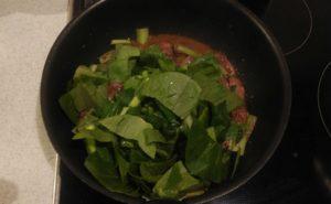鶏レバーと小松菜の炒め物の作り方08